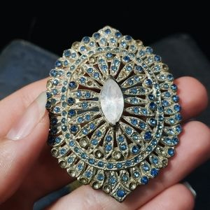 Antique 1930's  brooch with beautiful blue stones.